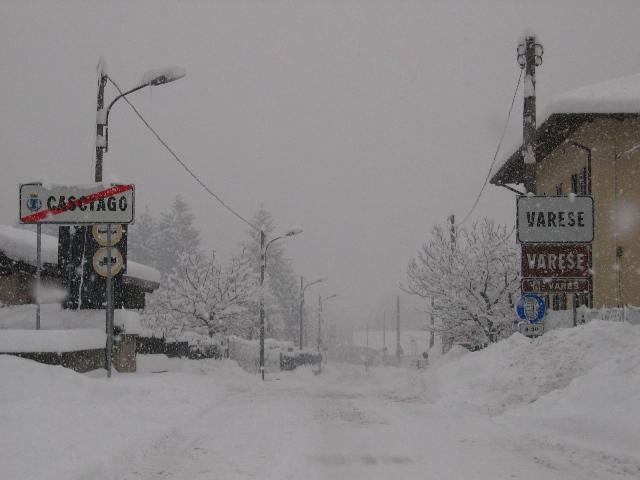 La nevicata del 26 27 gennaio nel varesotto for Grandi piani del ranch