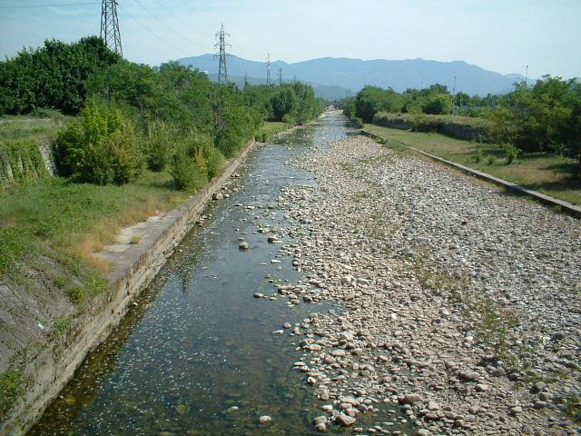 Il fiume mella in secca nel bresciano siccit 2003 - Letto di un fiume in secca ...